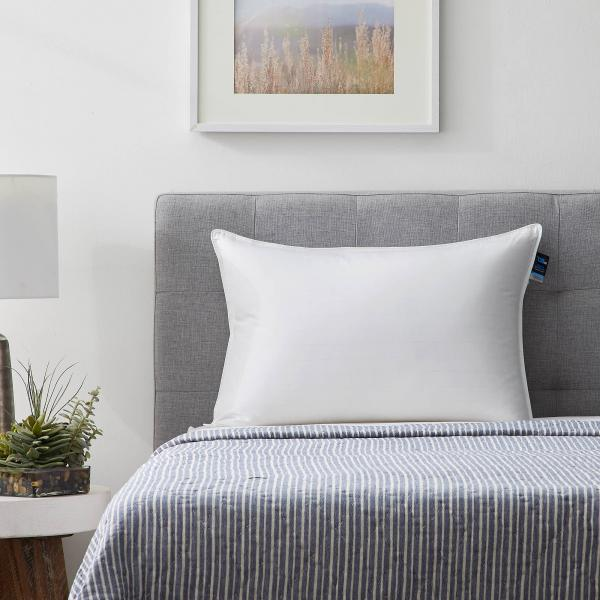 Sleeping with Clouds™ Premium Down Pillow